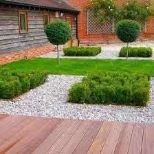 "43-The ""Minimal"" Garden"